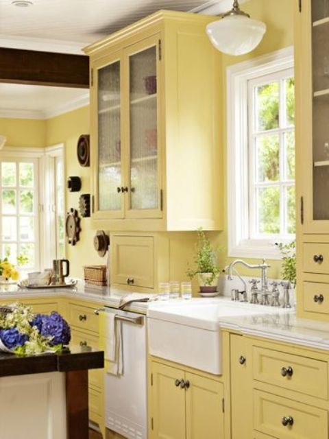 17 Awesome Bold Décor Ideas For Small Kitchens  Digsdigs
