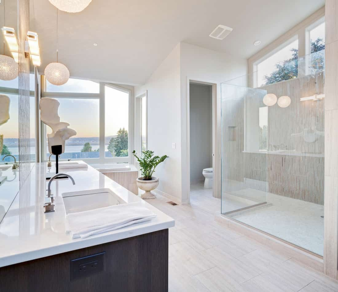 50 Sleek Modern Primary Bathroom Ideas Photos