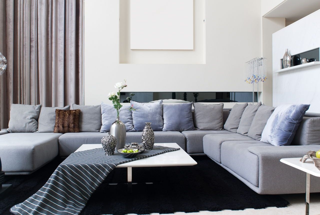 Coffee Table Vs Ottoman Which Is Better For Your Living Room  Decor Dezine
