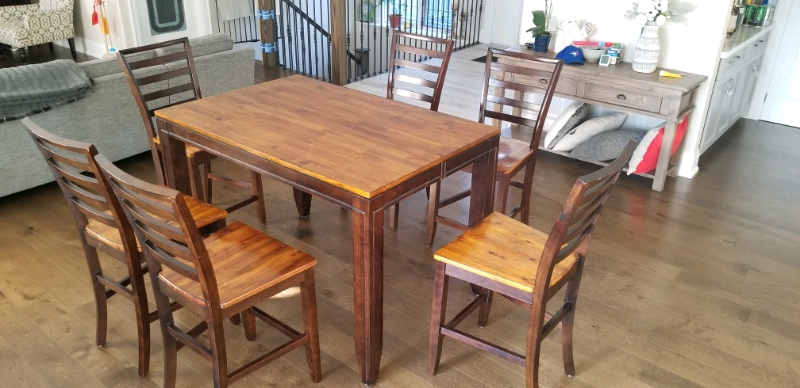 Solid Wood Kitchen Table 6 Chairs  Dining Tables  Sets  Oshawa  Durham Region  Kijiji