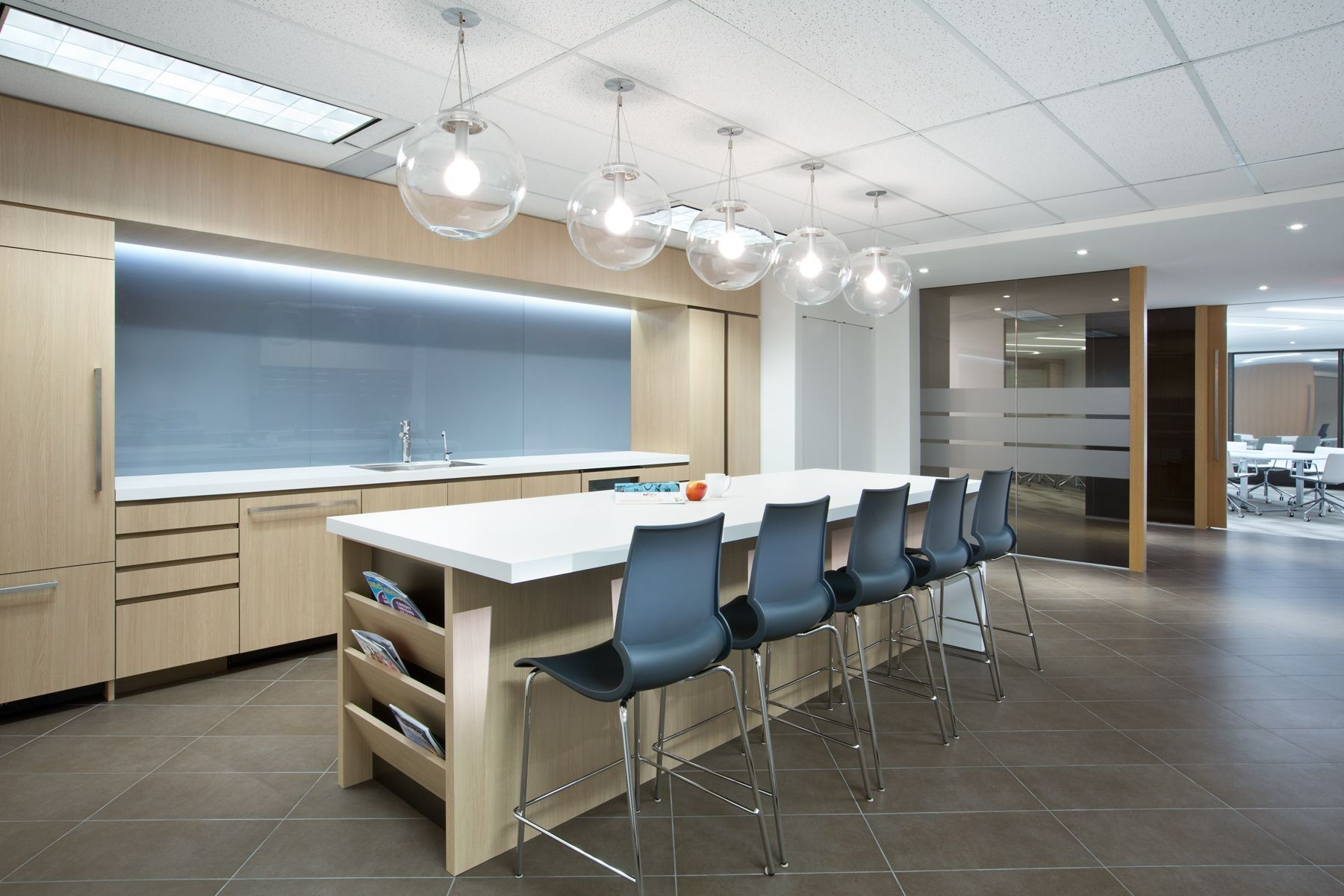 Ssdg Interiors Inc  Workplace Executive Office Financial Institution Bright And Modern