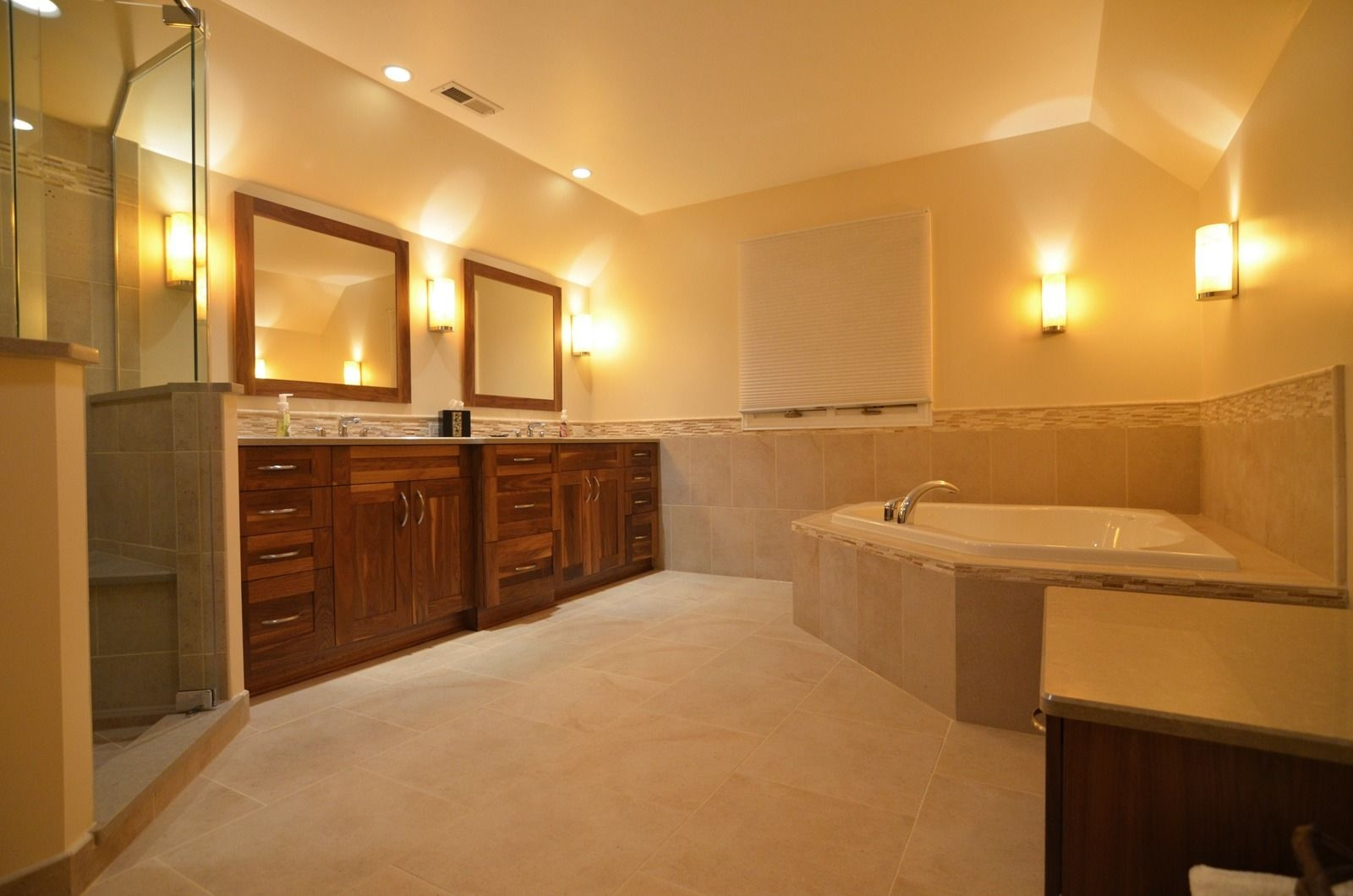 Traditional Bathroom Designs  Bath Remodeling Photo Gallery